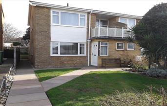 Accommodation, Seaford